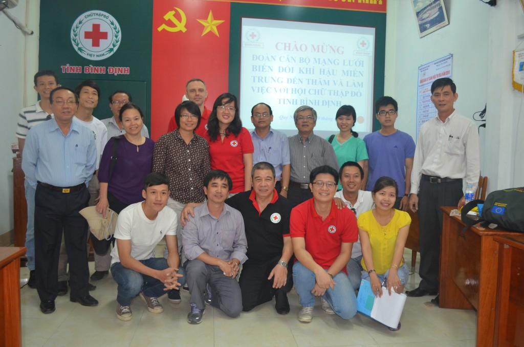 Ảnh 13: Đoàn làm việc tại Hội chữ thập Đỏ tỉnh Bình Định